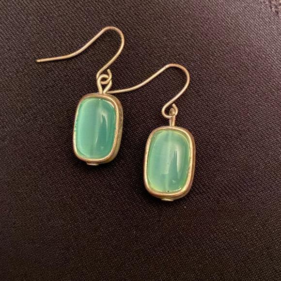 Jewelry - ⚡️Beautiful light blue stone earrings